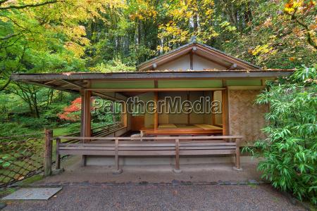 tea house at japanese garden