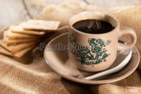 cafe chino tradicional malayo y galletas