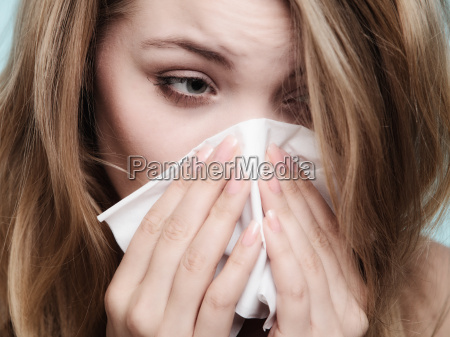 alergia a la gripe la muchacha