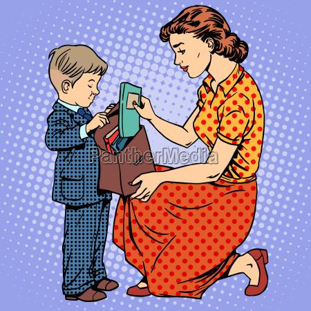 la madre ayuda a los ninyos