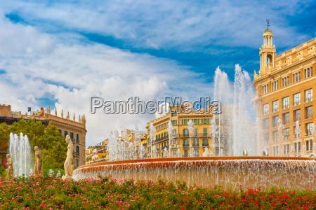 fountain at catalonia square in barcelona