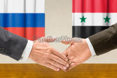 los representantes de rusia y siria