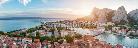 old, coastal, town, omis, in, croatia - 14932405