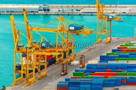 loading containers on a sea cargo