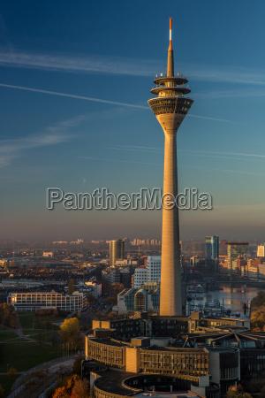 torre de tv dusseldorf