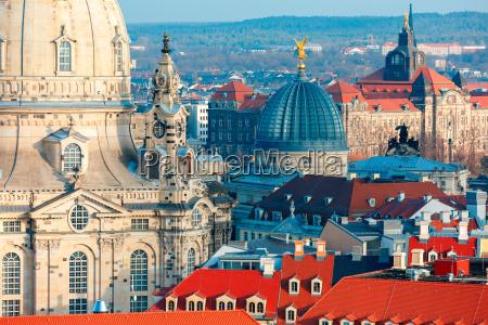 vista aerea de cupulas y tejados