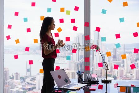 secretaria tareas de organizacion escribir notas