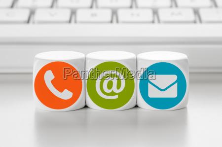 teclado cartas direccion e mail huella