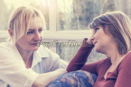 mujer adulto medio adultos jovenes familia