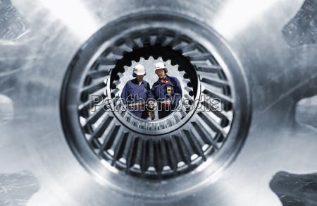 ingenieria y grandes ruedas dentadas y