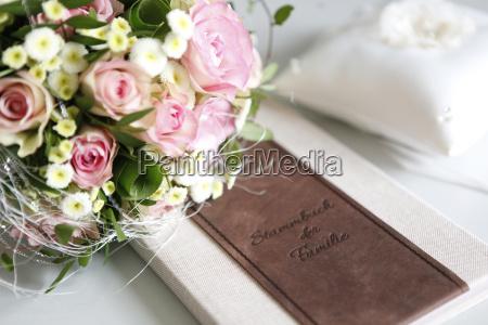 ramo de novia libro familiar
