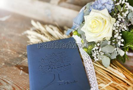 boda de libro de familia