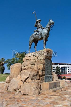 monumento estatua africa namibia signo marca