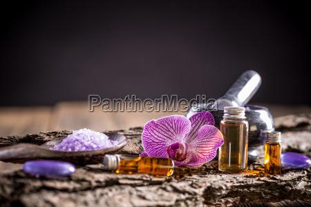 disenyo botella tratamiento mineral de manantial