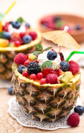 ensalada, de, frutas, con, menta. - 17784289