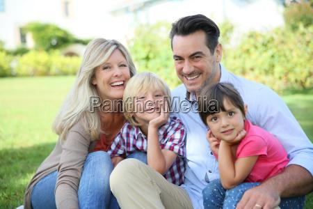 retrato de la feliz familia de