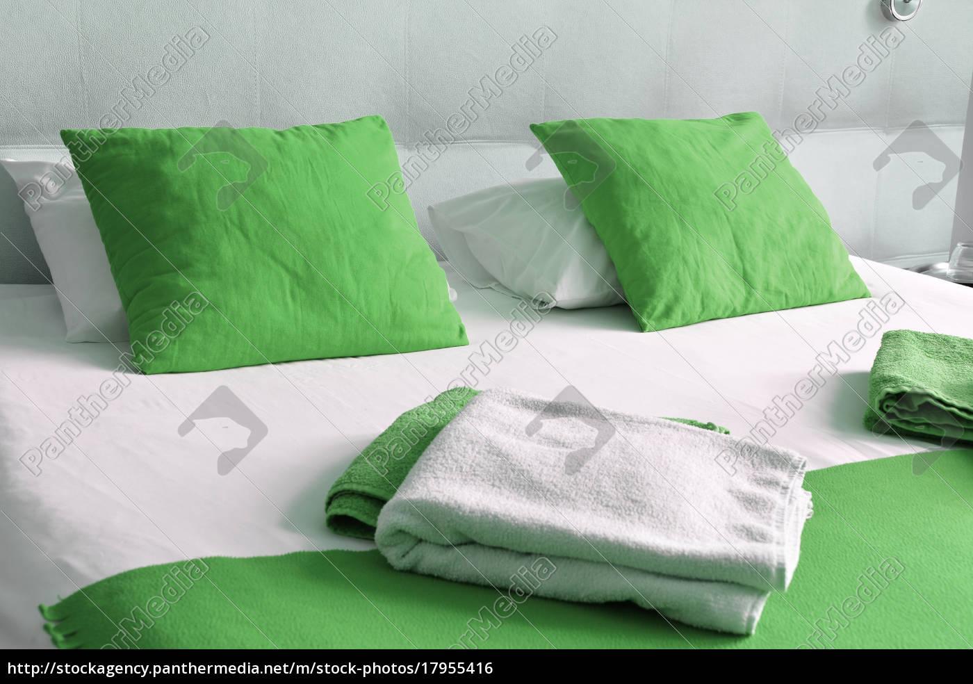 cama, doble, en, habitación, de, hotel. - 17955416