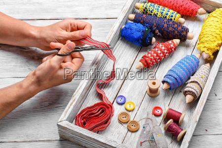 mano manos herramienta instrumentos hilo coser