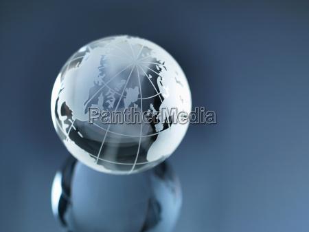 globo de vidrio que ilustra america