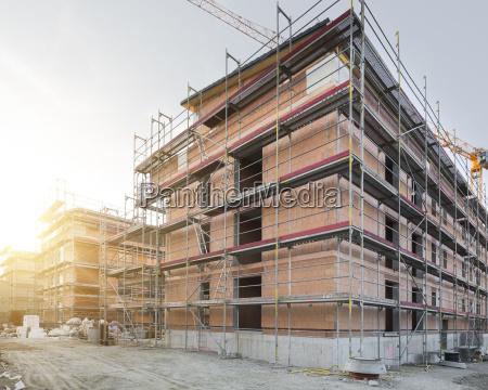 construccion de un edificio de apartamentos