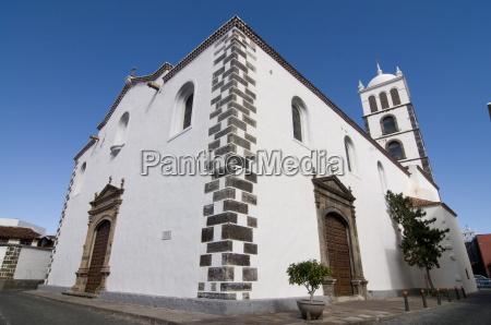 torre paseo viaje religion iglesia europa