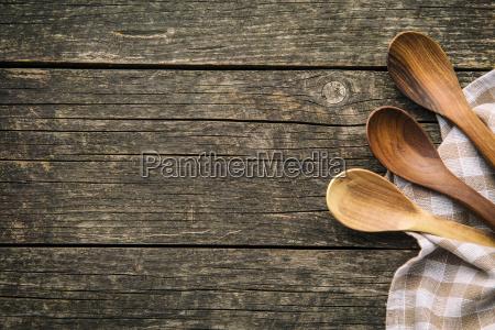 cucharas de madera hechas a mano