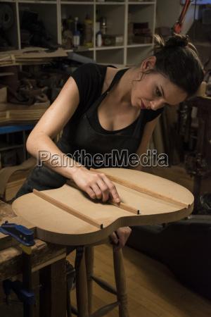 mujer personas gente hombre musica instrumento
