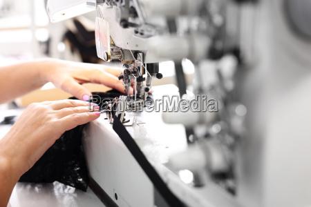 conducir produccion coser maquina de coser