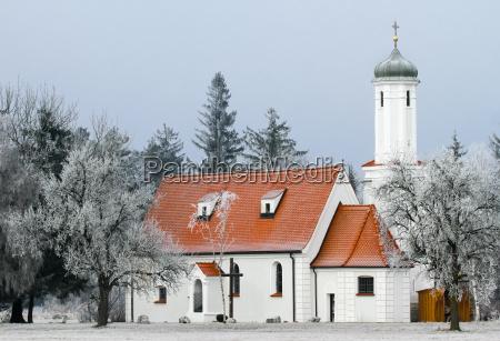 iglesia arbol arboles invierno frio capilla