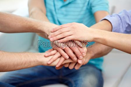 tipo gesto personas gente hombre mano