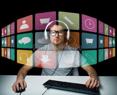 personas gente hombre aplicacion teclado juego