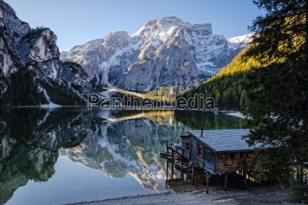 italia tirol del sur lago di
