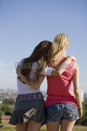 mujer personas gente hombre mujeres amistad