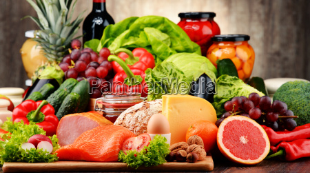 alimentos organicos que incluyen verduras frutas
