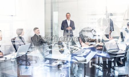 reunion de la oficina del equipo