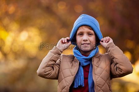 risilla sonrisas parque invierno masculino sombrero