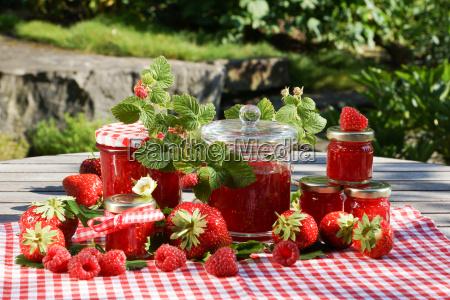 fresas bellamente decoradas