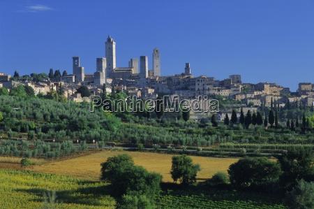 the town of san gimignano tuscany