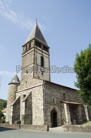 antigua iglesia en st etienne de