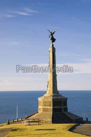 paseo viaje monumento memorial europa guerra