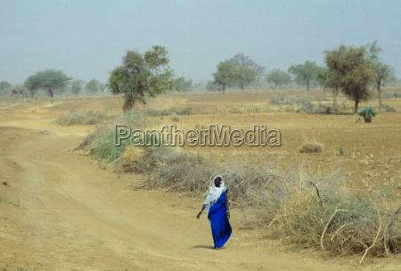 mujer mujeres ir luz paseo viaje