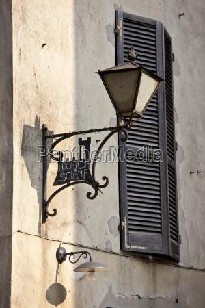 lamp in via ricasoli in old