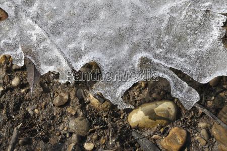 detalle piedra invierno suelo baviera congelado