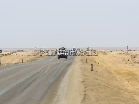 paseo viaje desierto trafico africa coche
