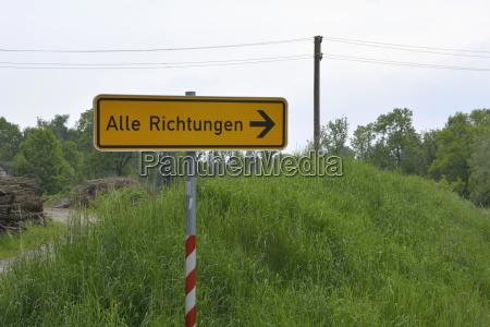 alemania cartel en la escena rural