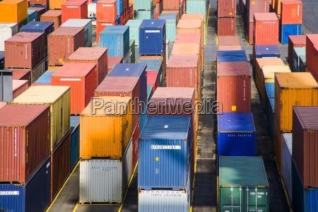 alemania bremerhaven contenedores en el puerto