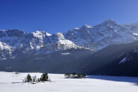 invierno luz del sol baviera congelado
