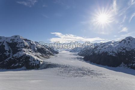 paseo viaje frio nube al aire