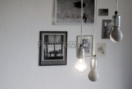 bombillas hechas a si mismas hechas
