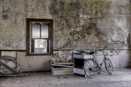 alemania turingia erfurt bicicleta vieja y